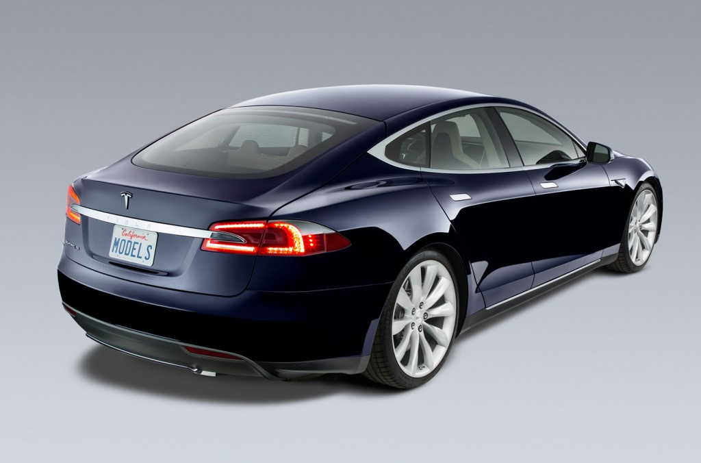 tesla-model-s-ev-blue-read